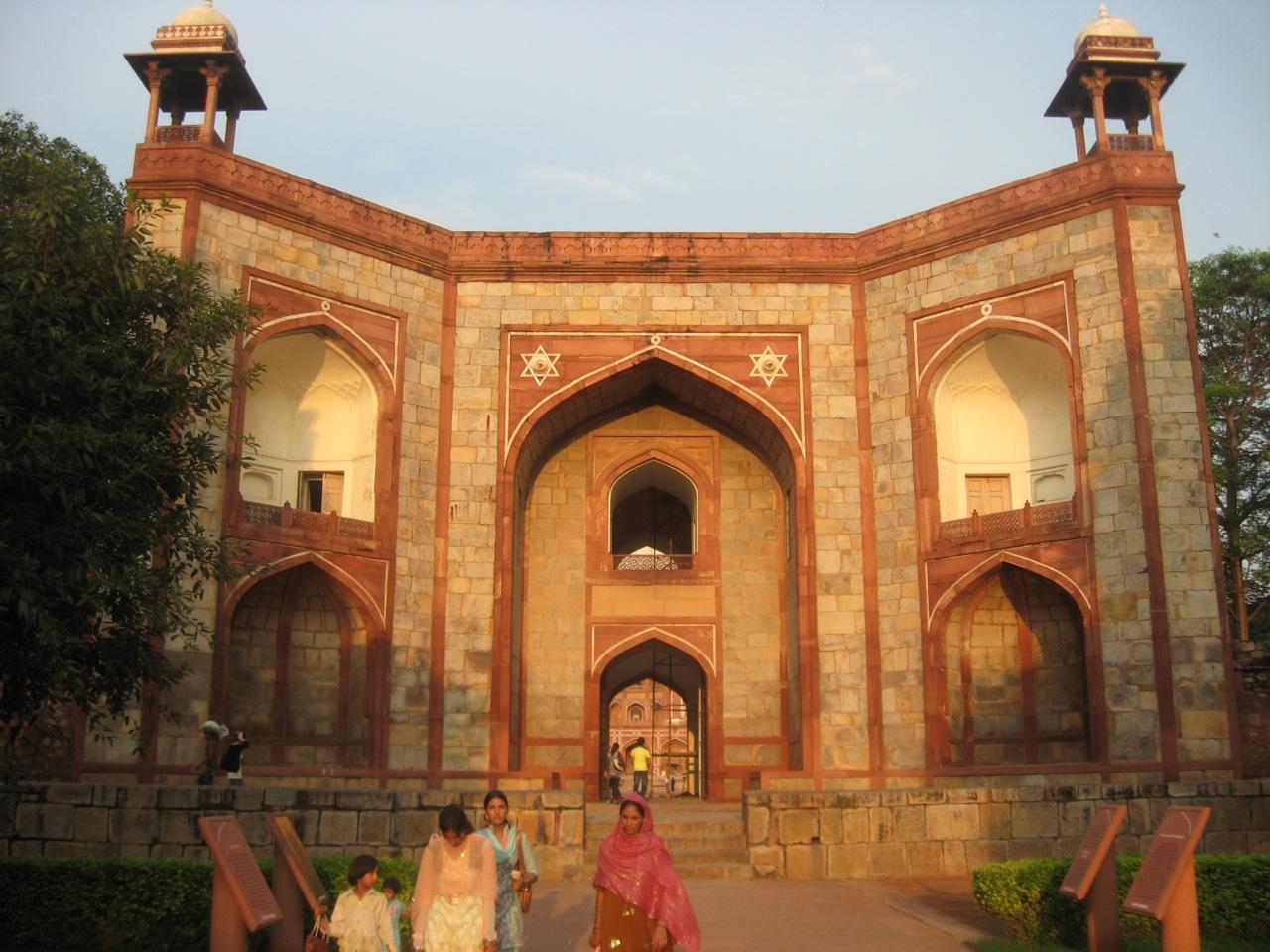Delhi 9-04