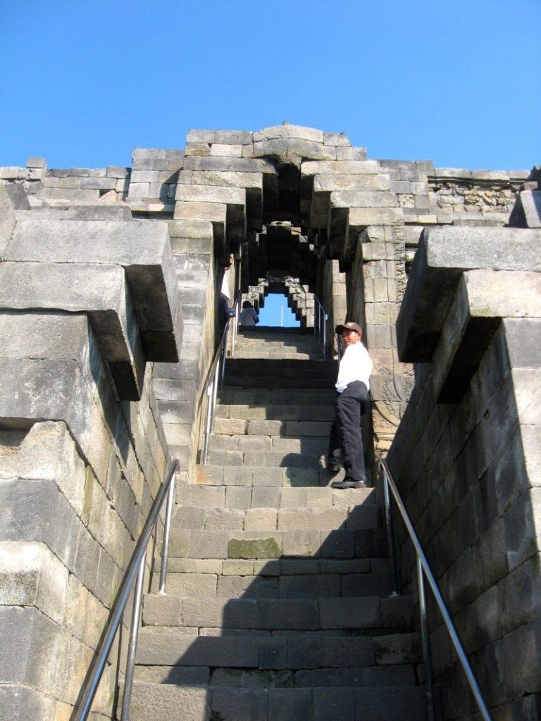 Borobudur 1 10