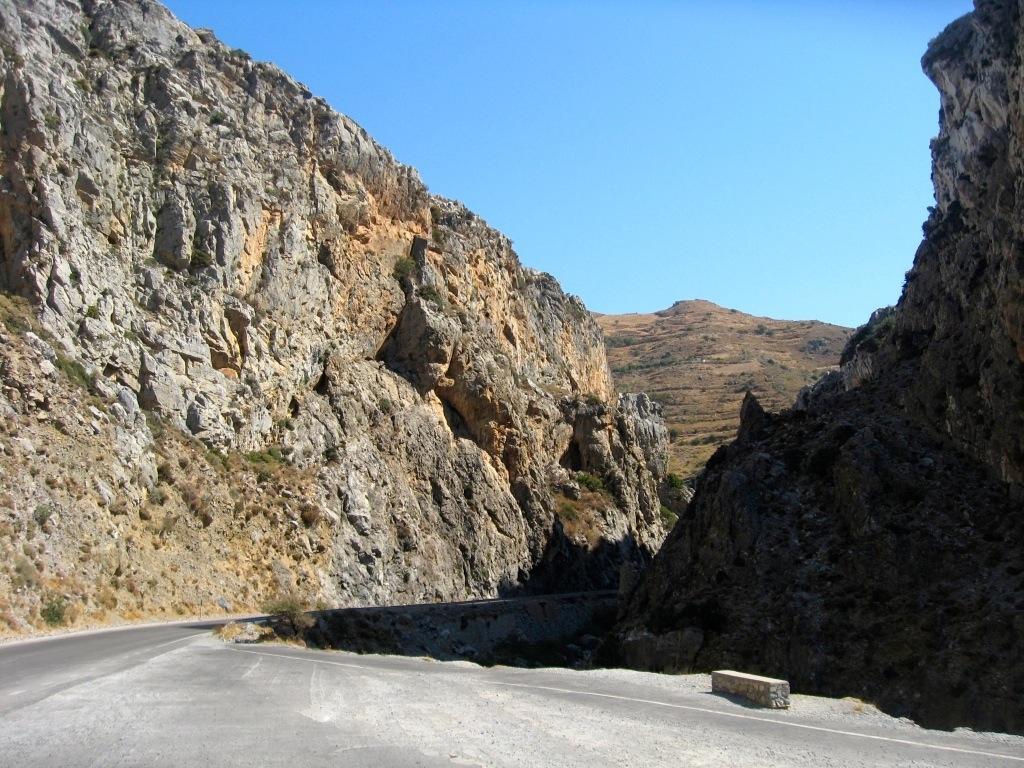 Crete 3-04