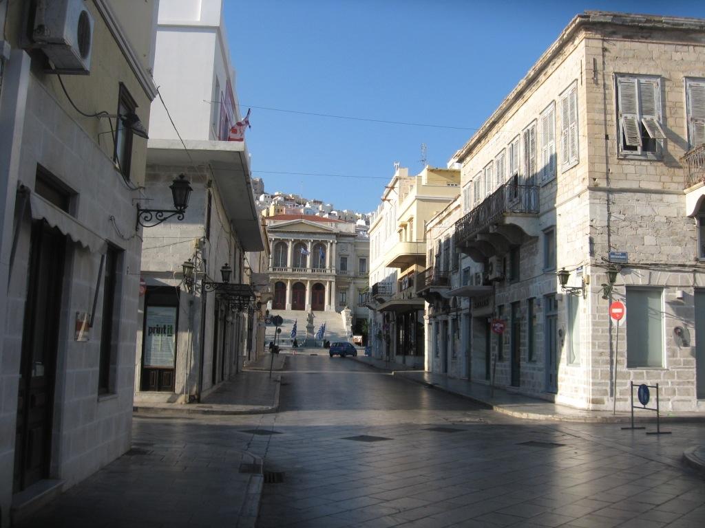 Syros 1-05