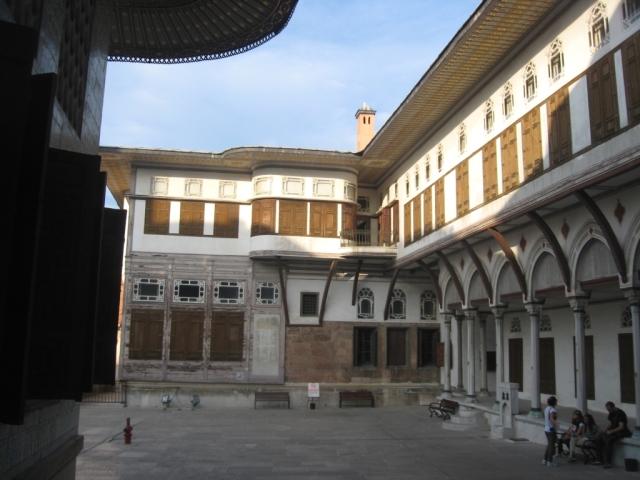 Istanbul 3-12