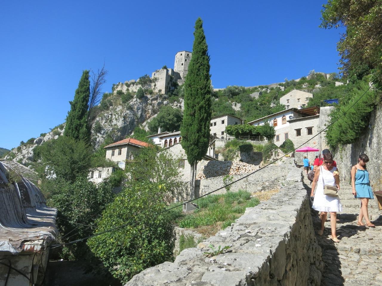 Bosnia 1-22