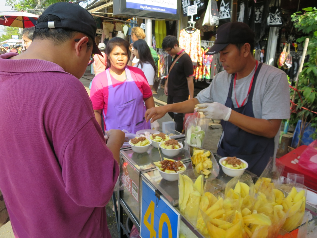 Frutas na rua - com pimenta