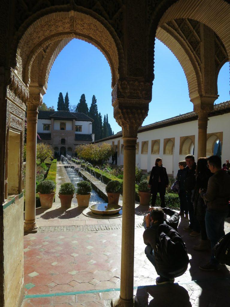 Granada 1-32