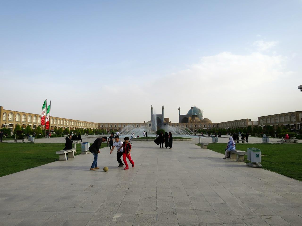 Isfahan 1-04