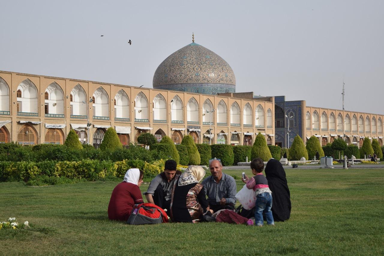 Isfahan 1-05
