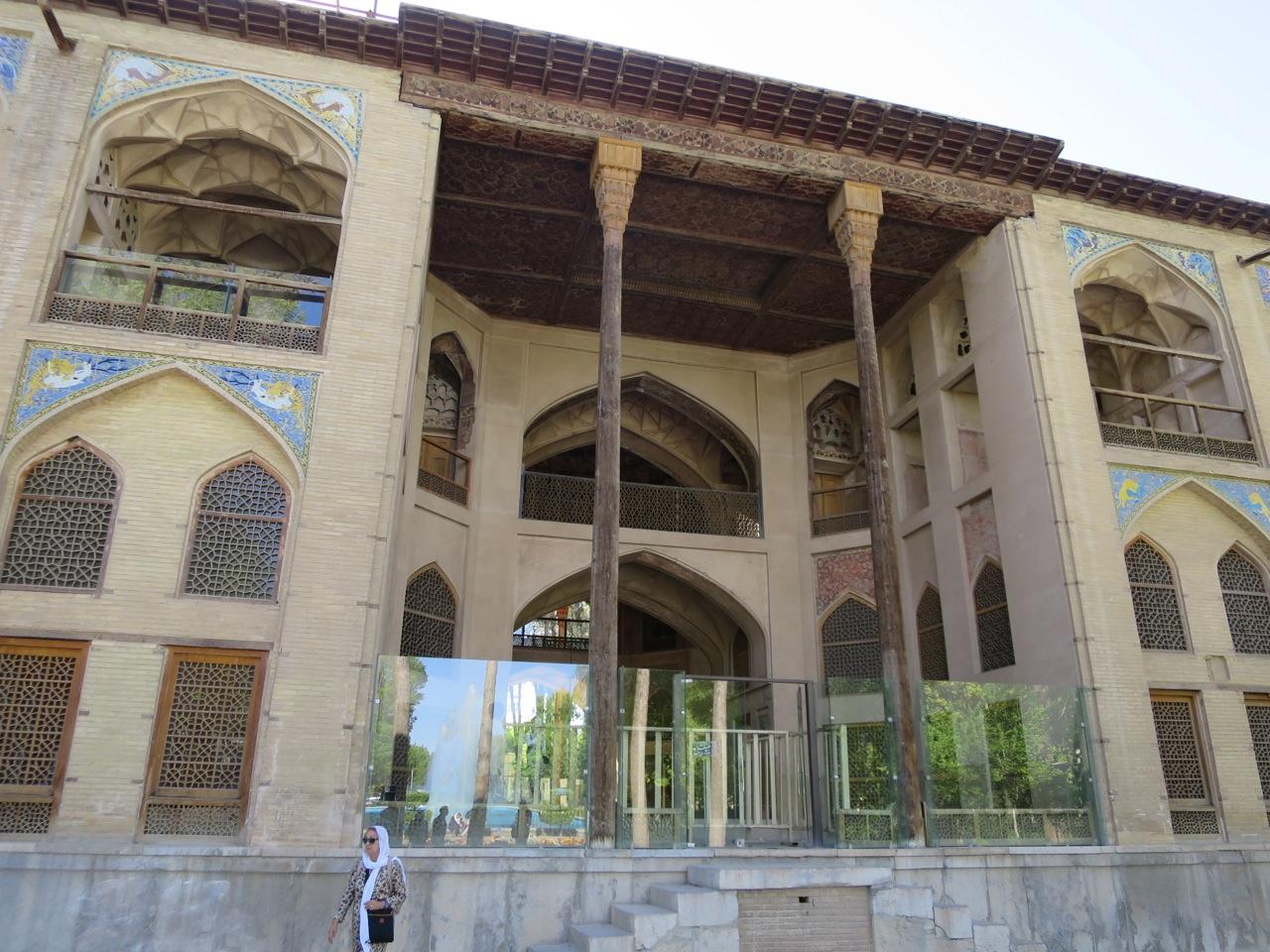 Isfahan 1-18
