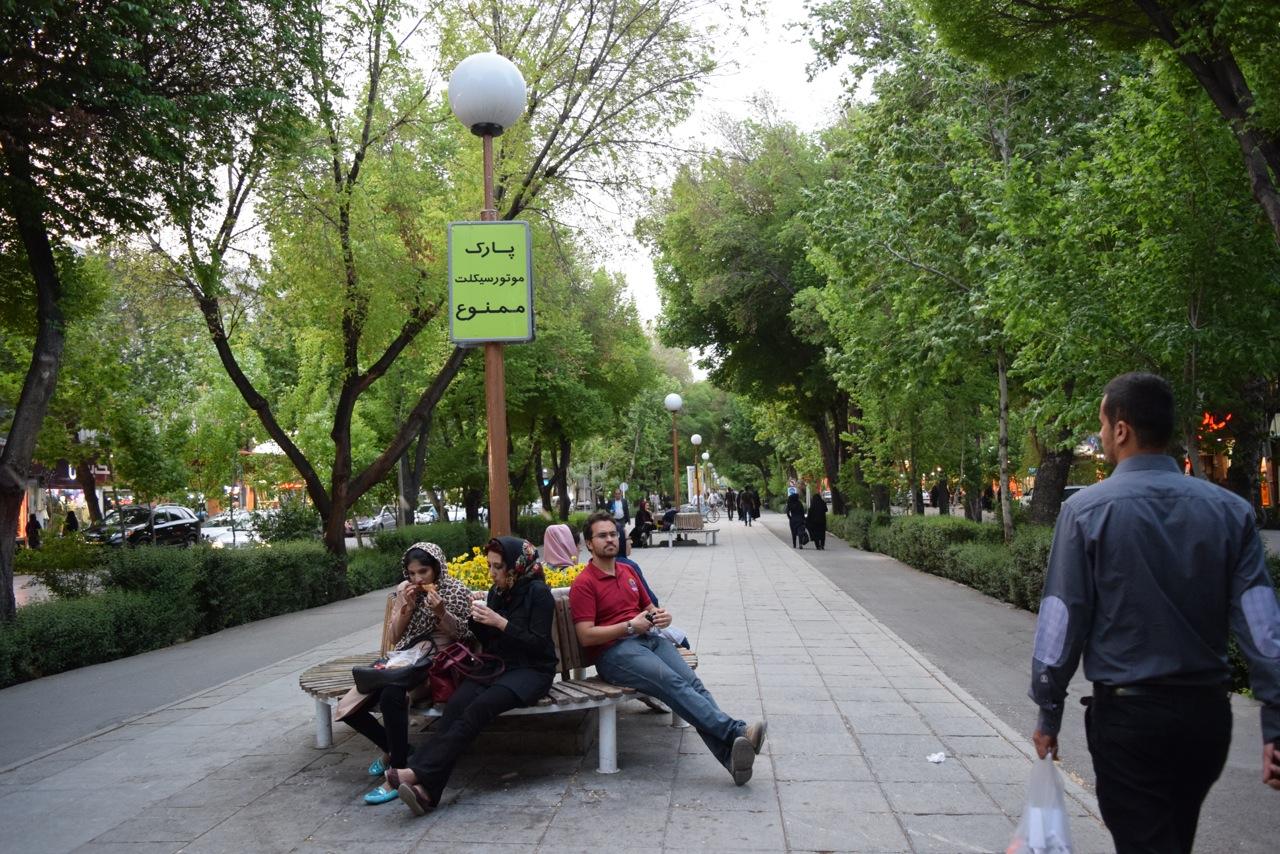 Isfahan extra 12