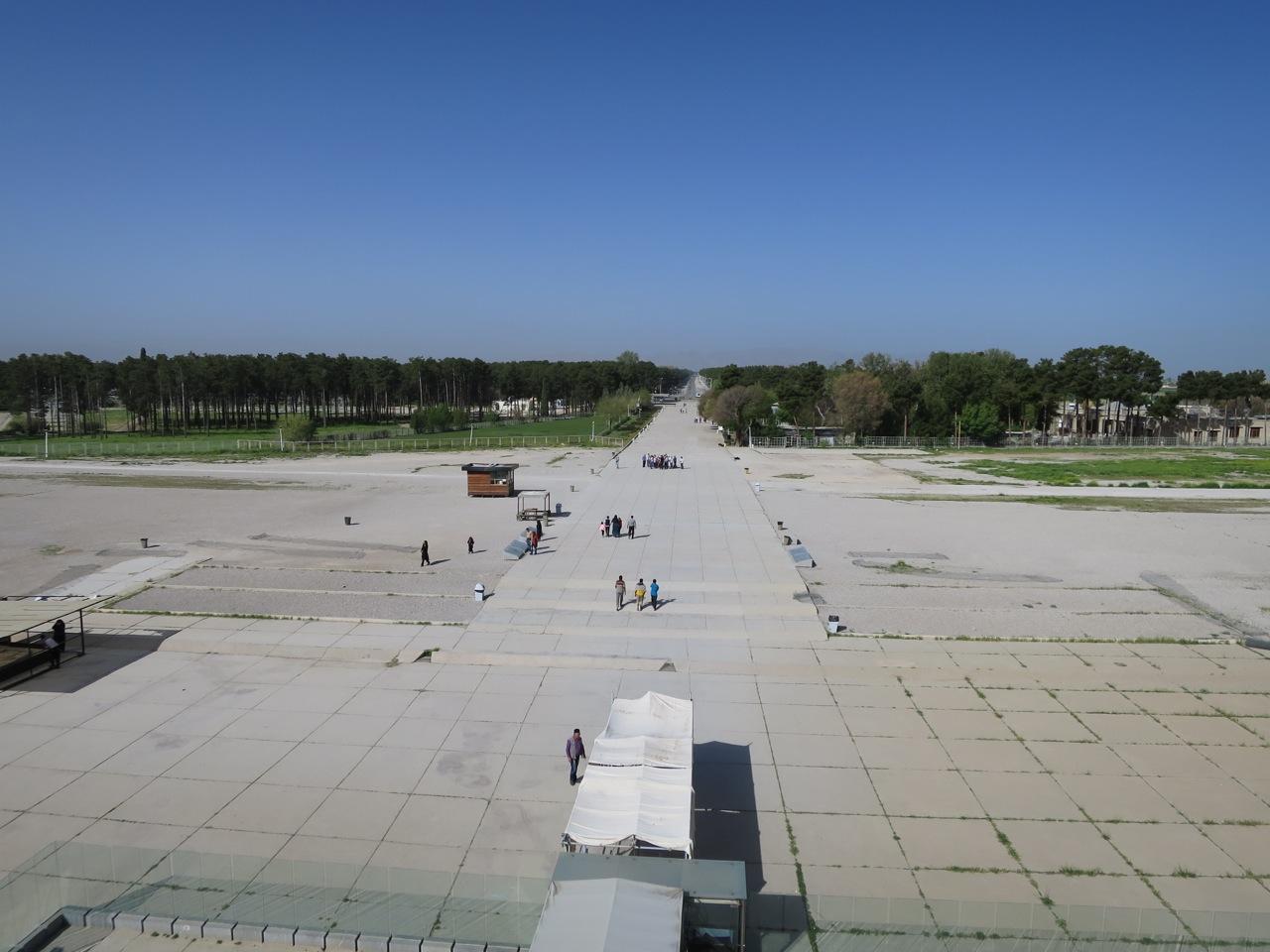 Persepolis 1-02
