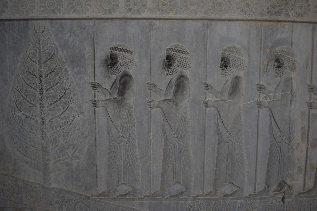 Persepolis 1-06