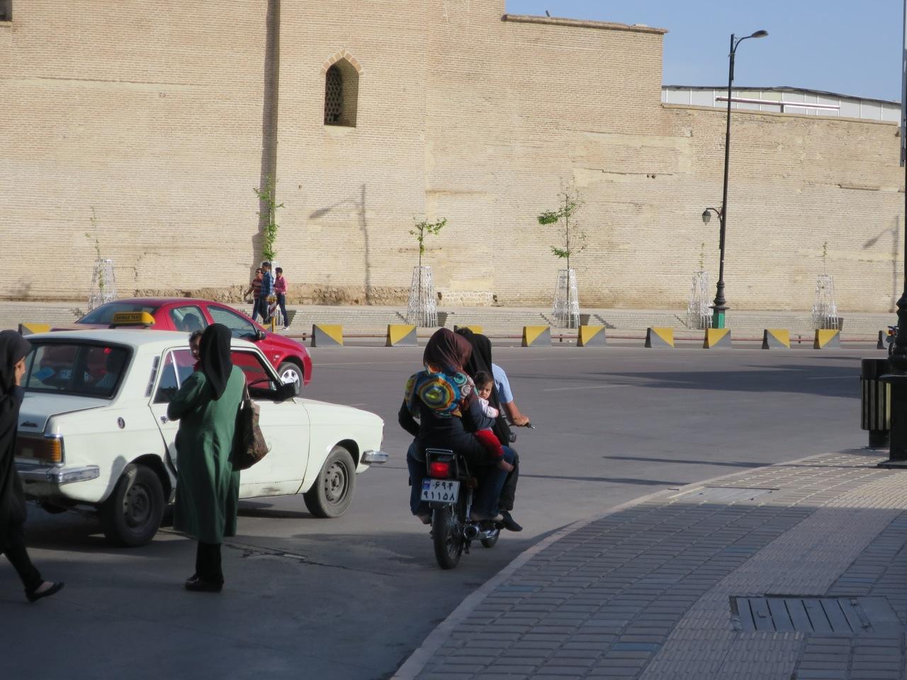 Shiraz 1-06