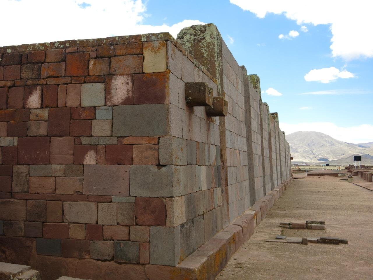 Tiwanaku 1-06