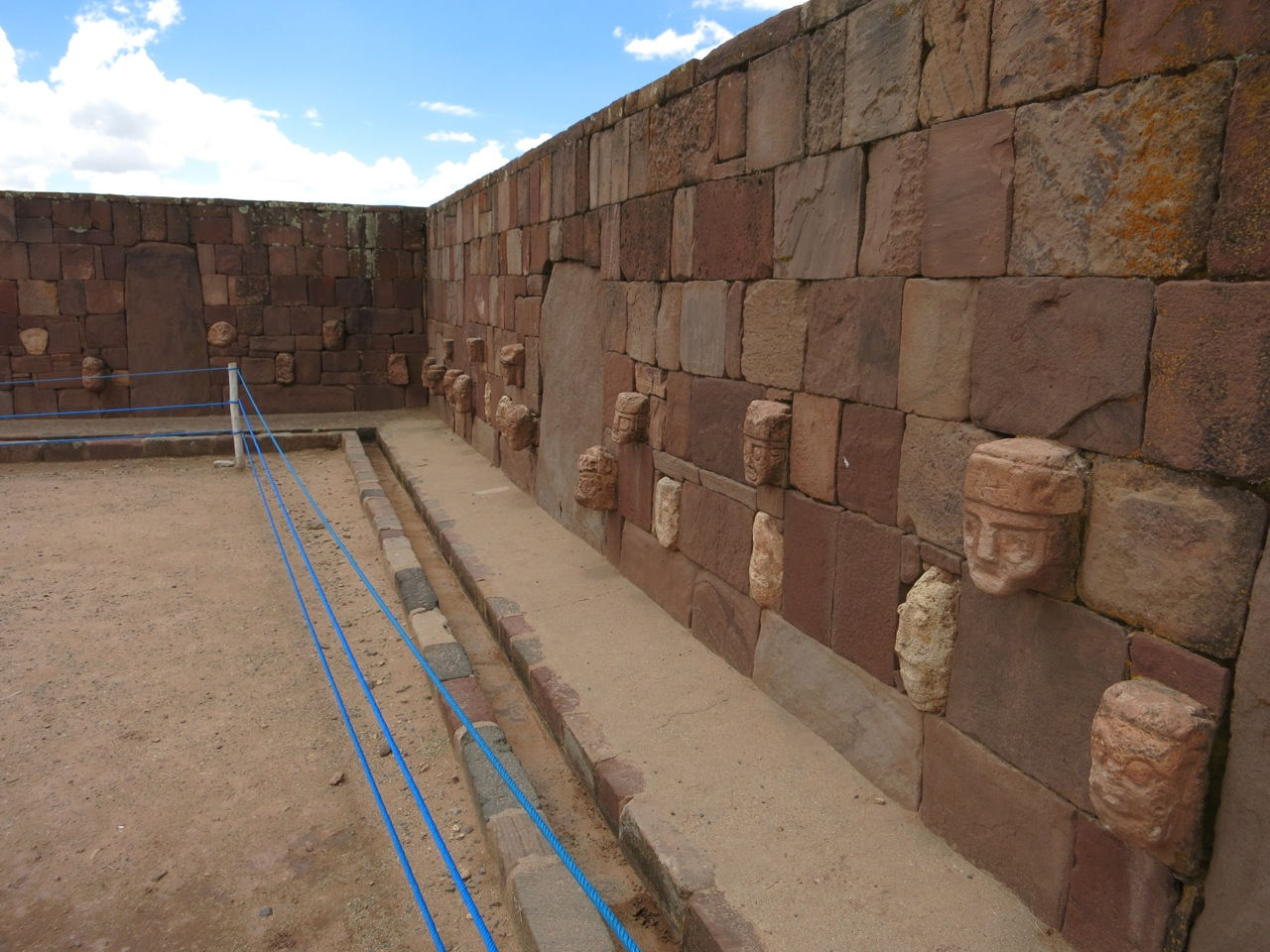 Tiwanaku 1-07