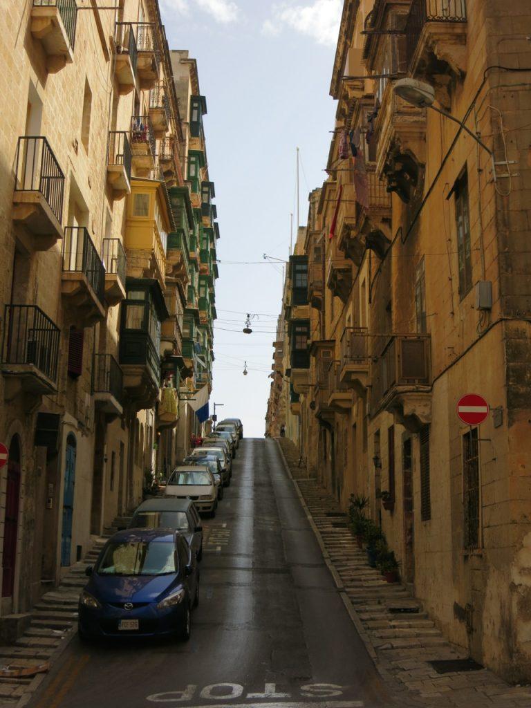 Malta 2-05