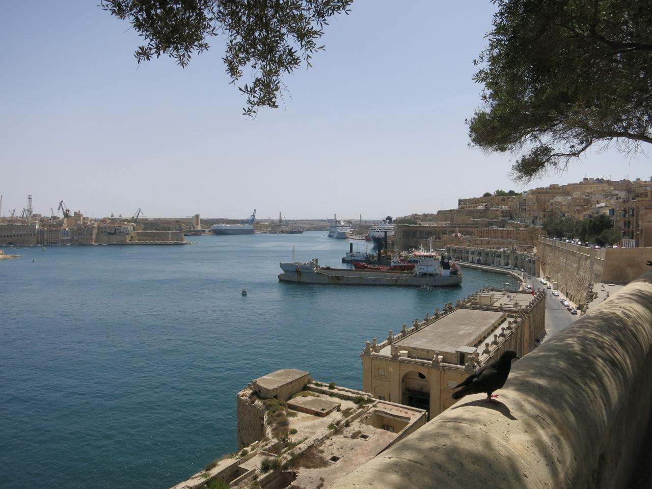 Malta 2-22