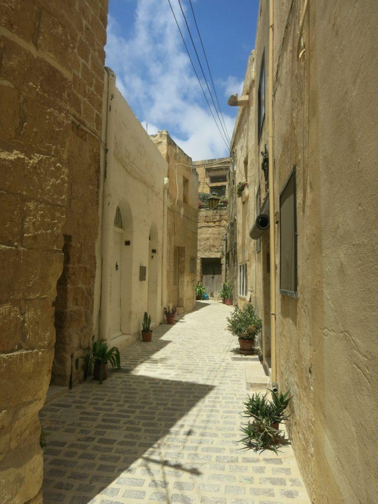 Malta 3-09