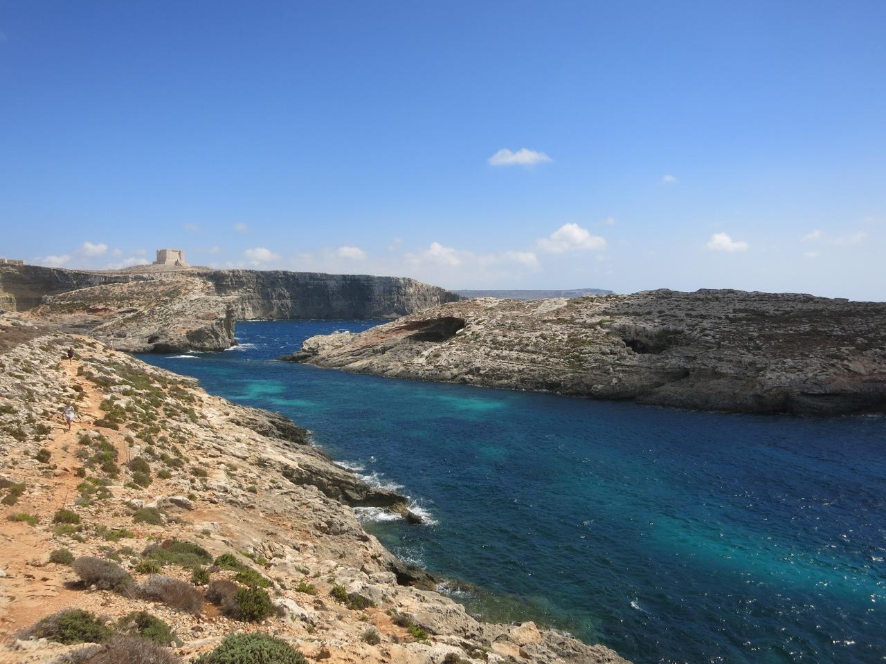 Malta 3-11
