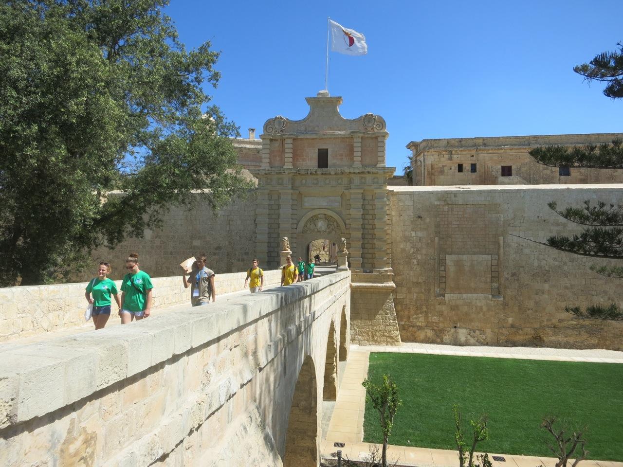 Malta 4-02