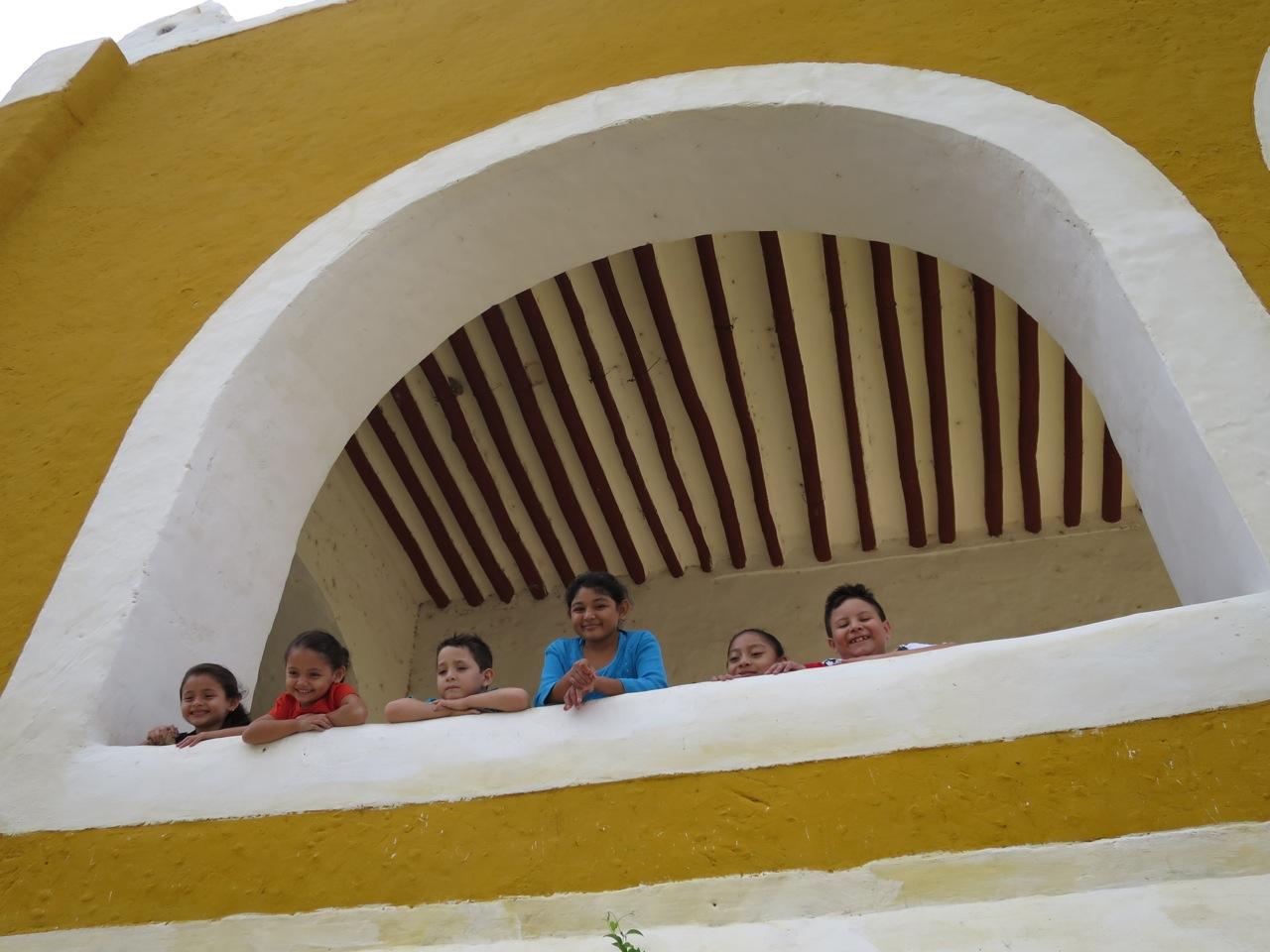 Mayas 1-07