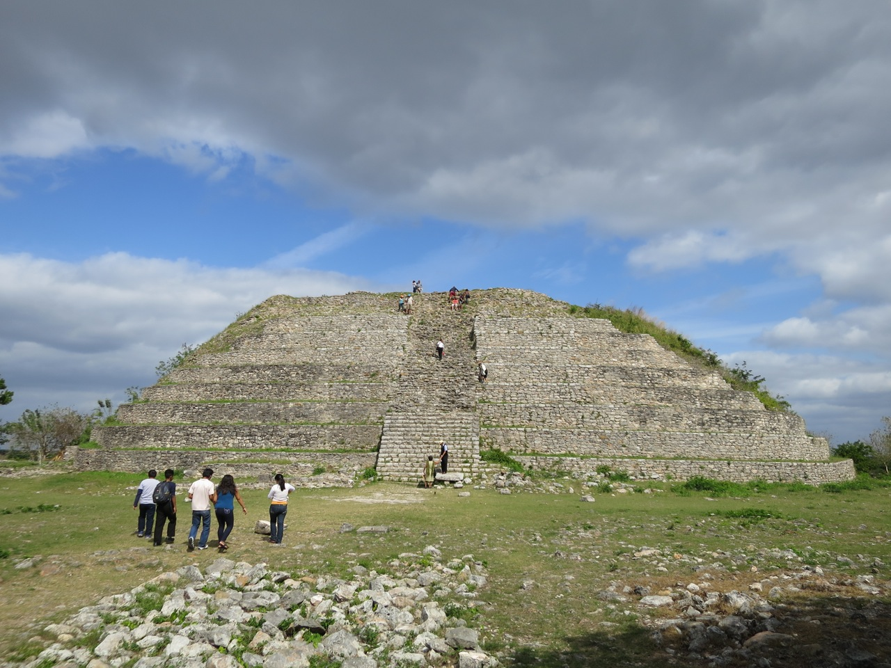 Mayas 1-08
