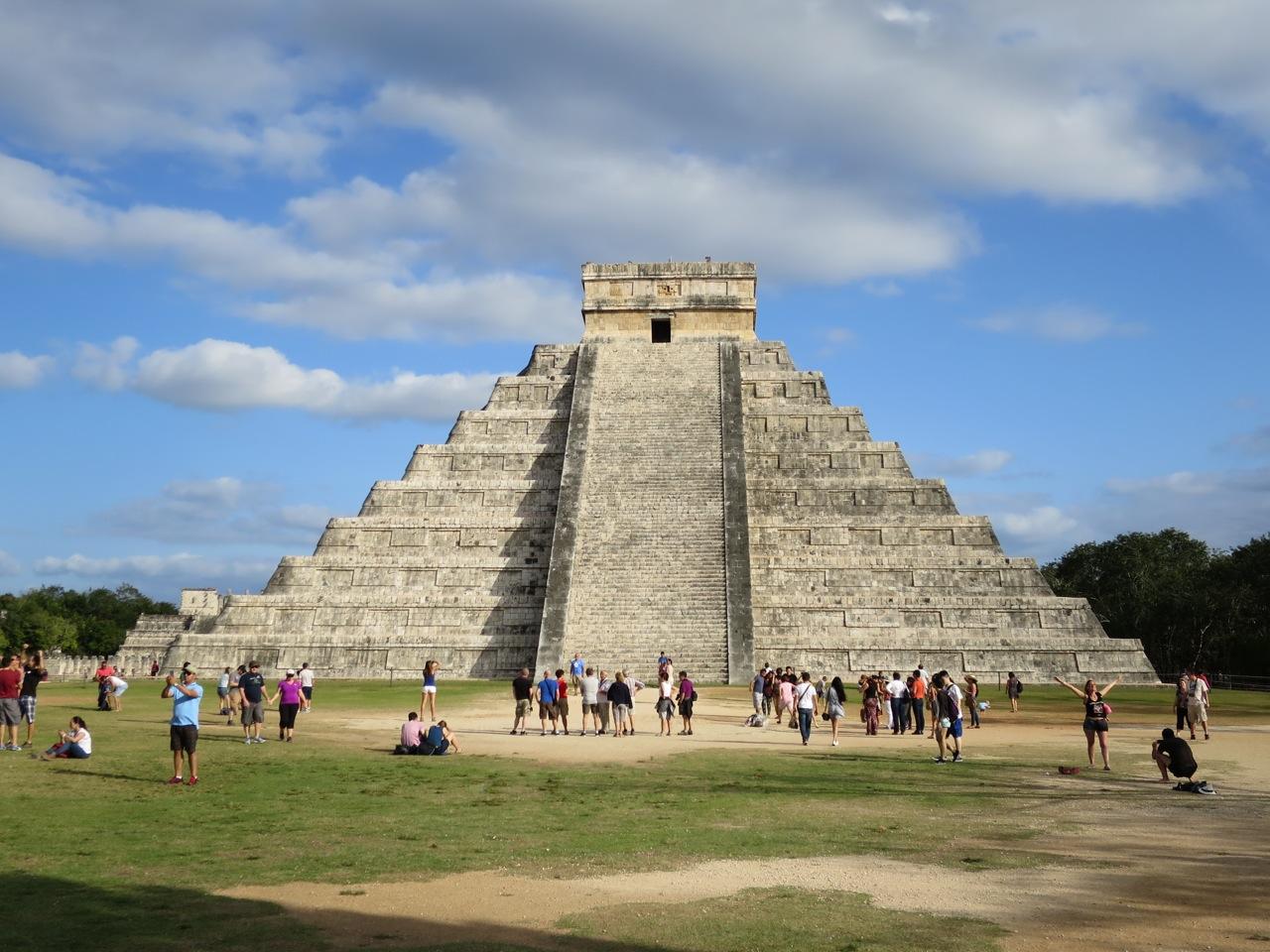 Mayas 1-09