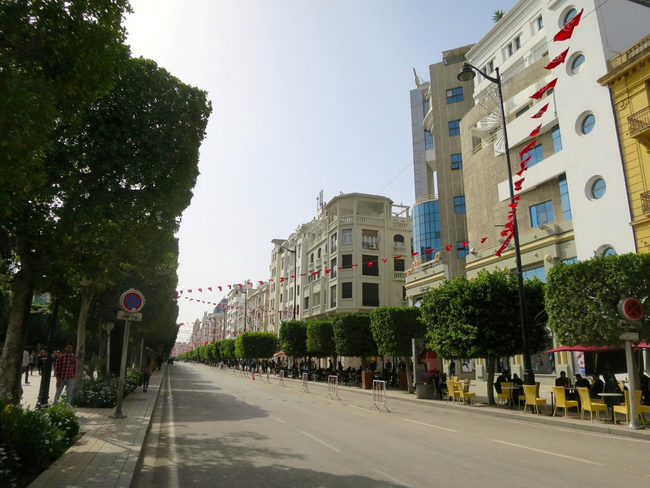 Tunis 2-05