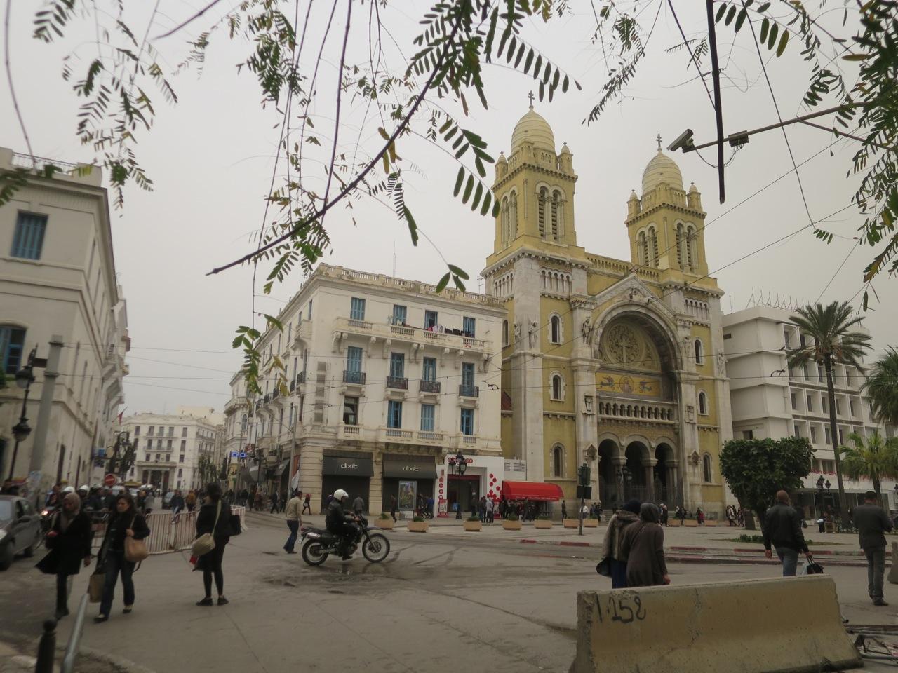 Tunis 2-06