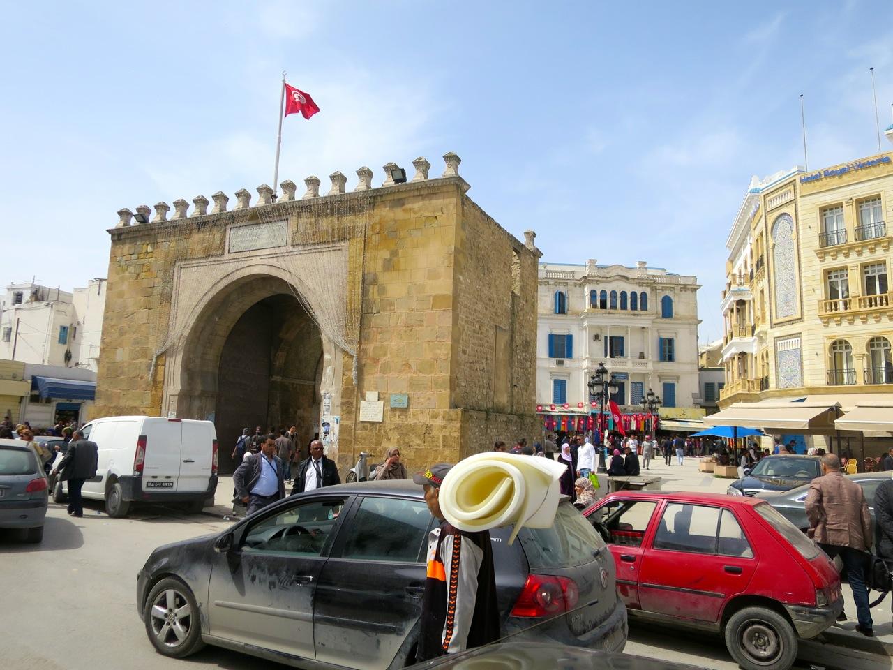 Tunis 2-08