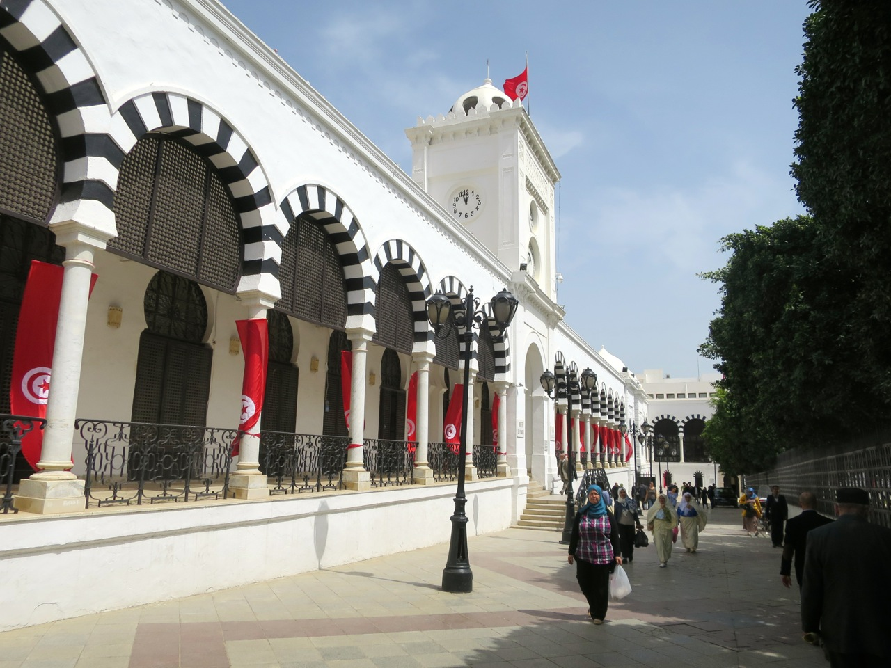 Tunis 2-11