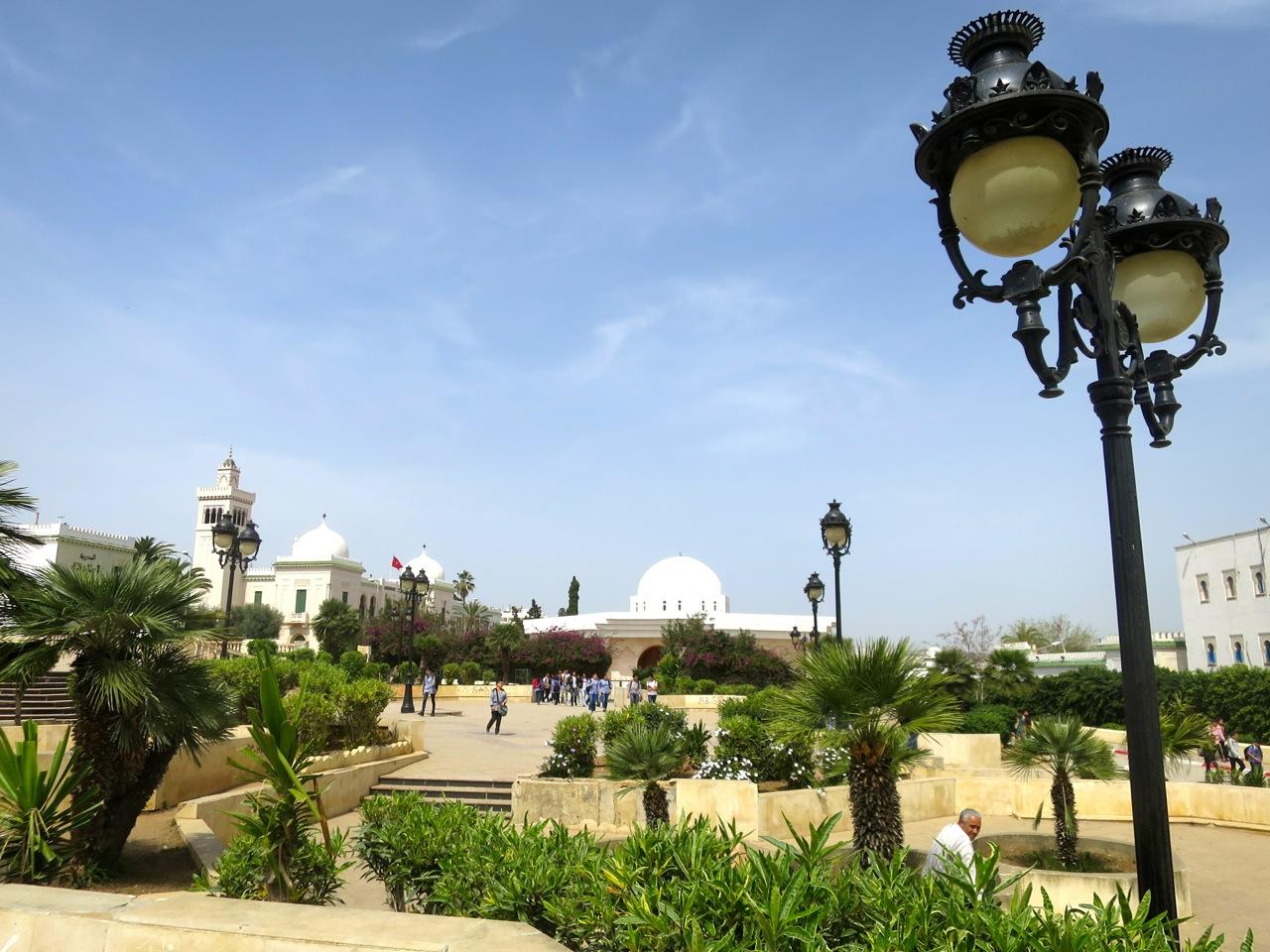 Tunis 2-13