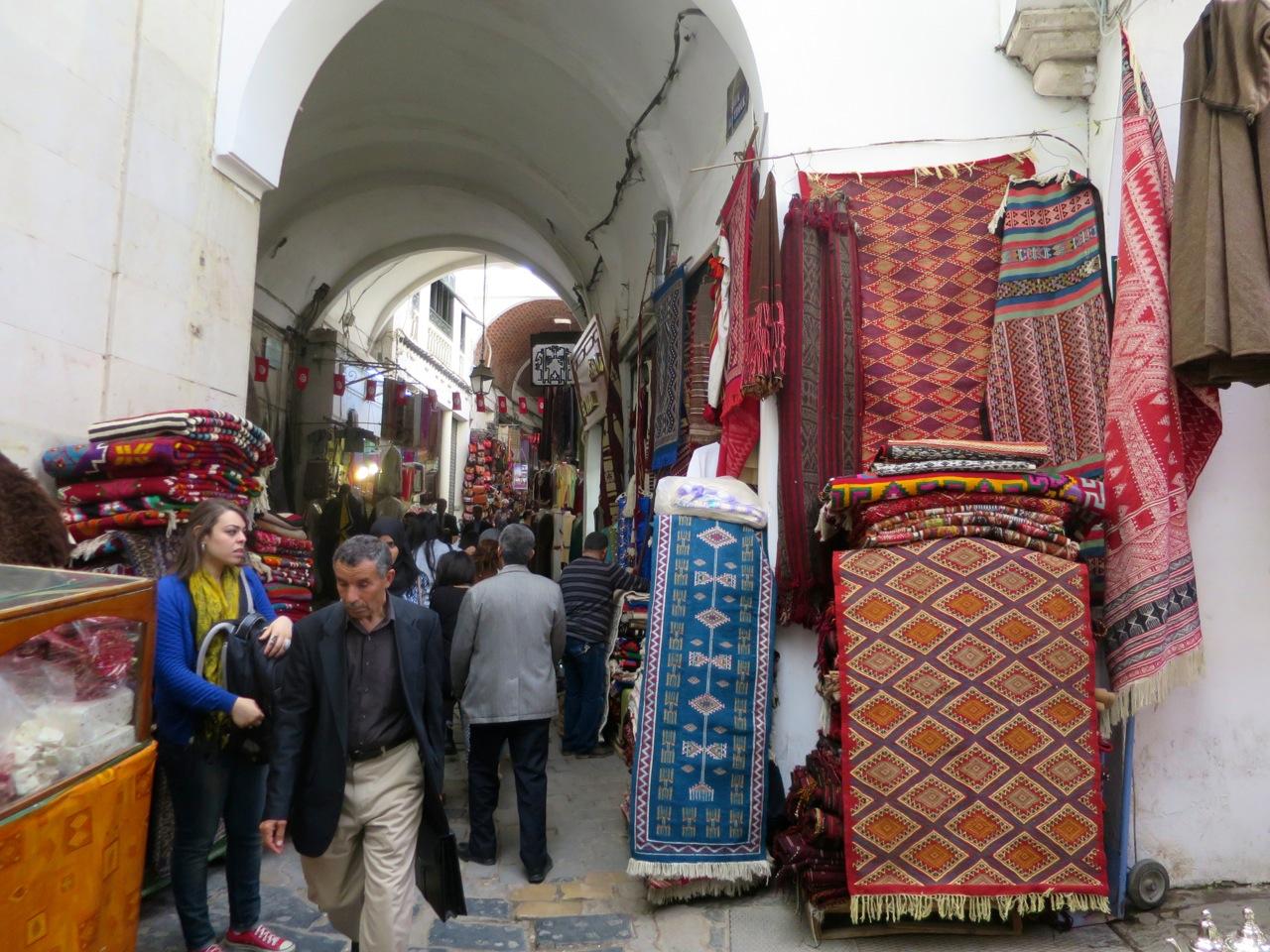 Tunis 2-15