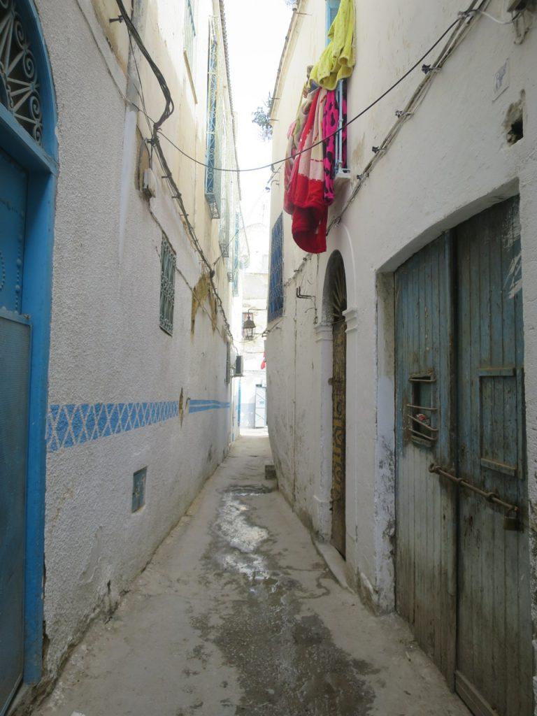 Tunis 2-18ab