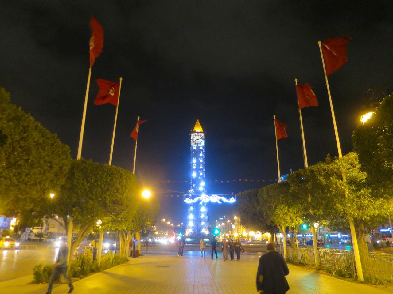 Tunis 2-21