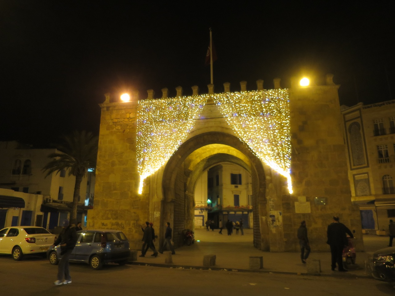 Tunis 2-24