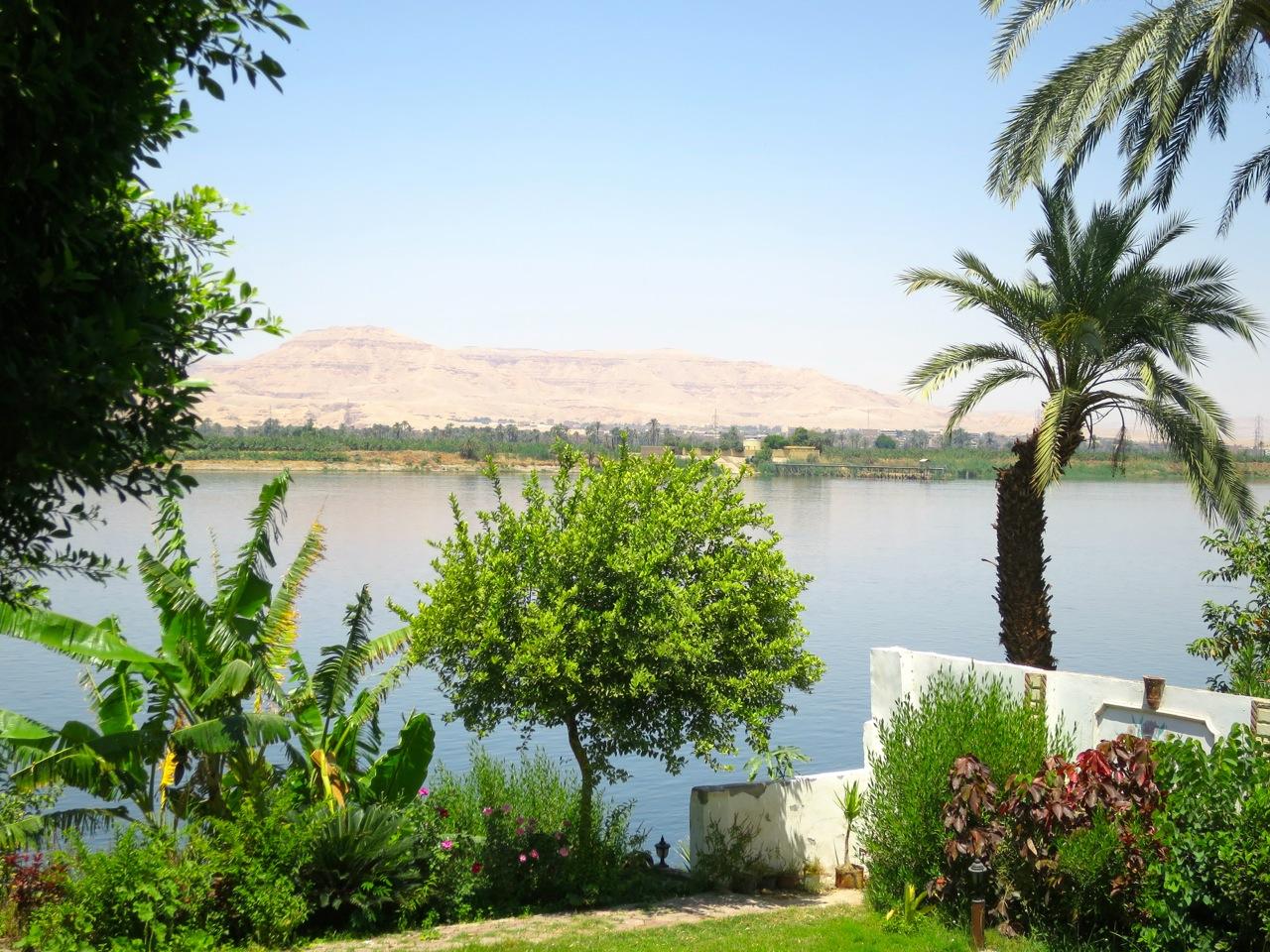Luxor 1 01