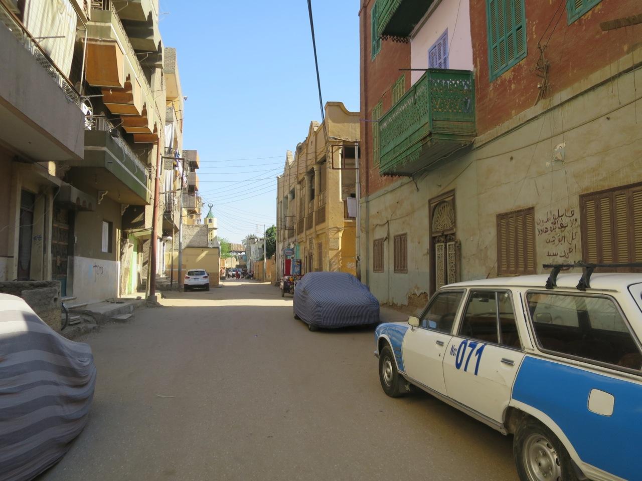 Luxor 1-03