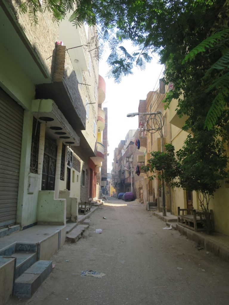 Luxor 1-05