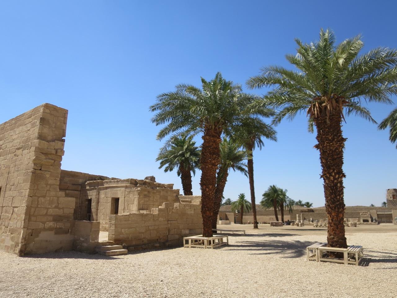 Luxor 1-12