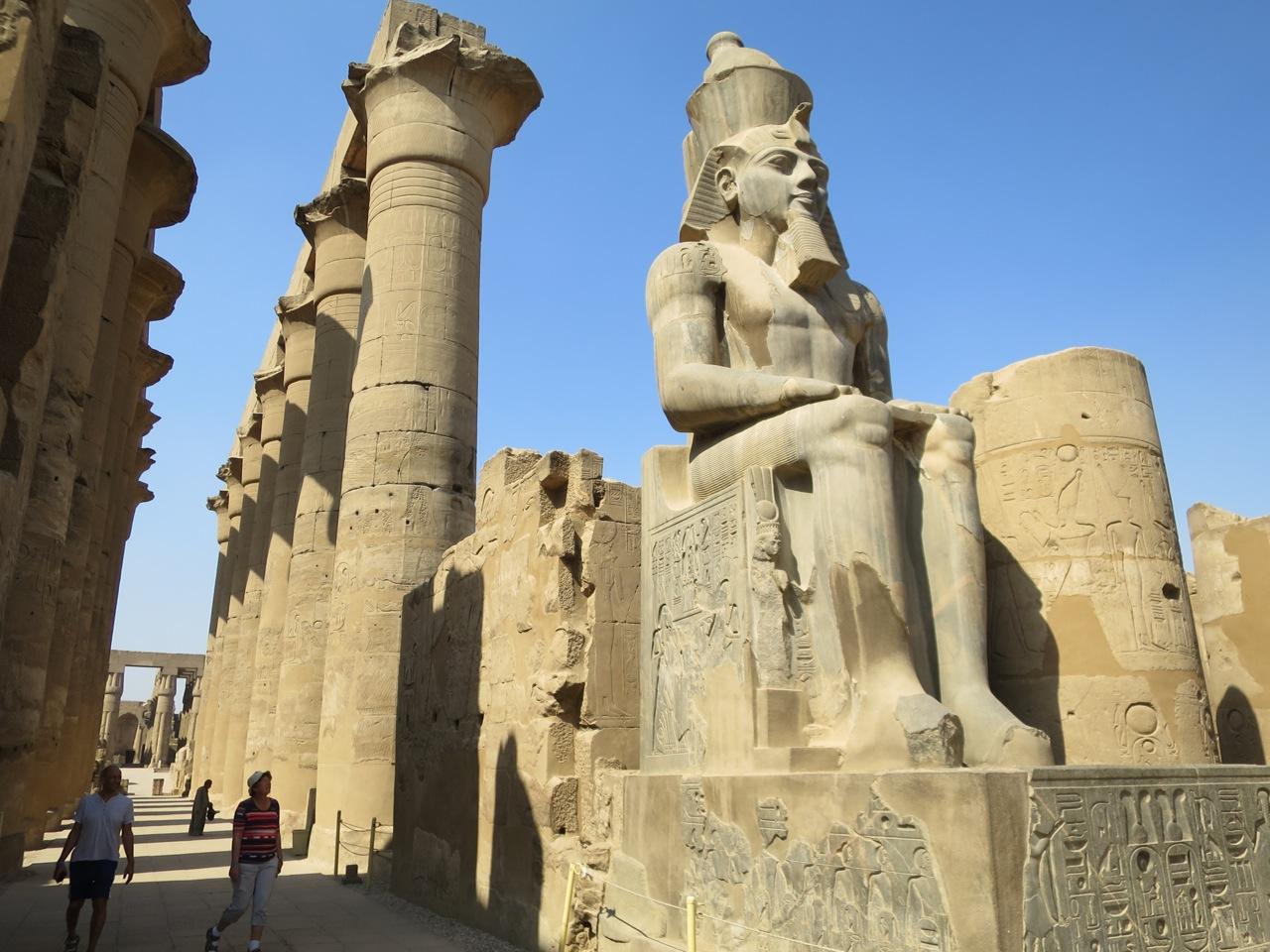 Luxor 2-02