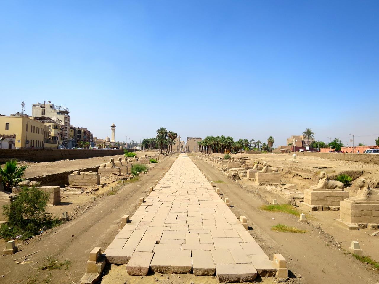 Luxor 2-03