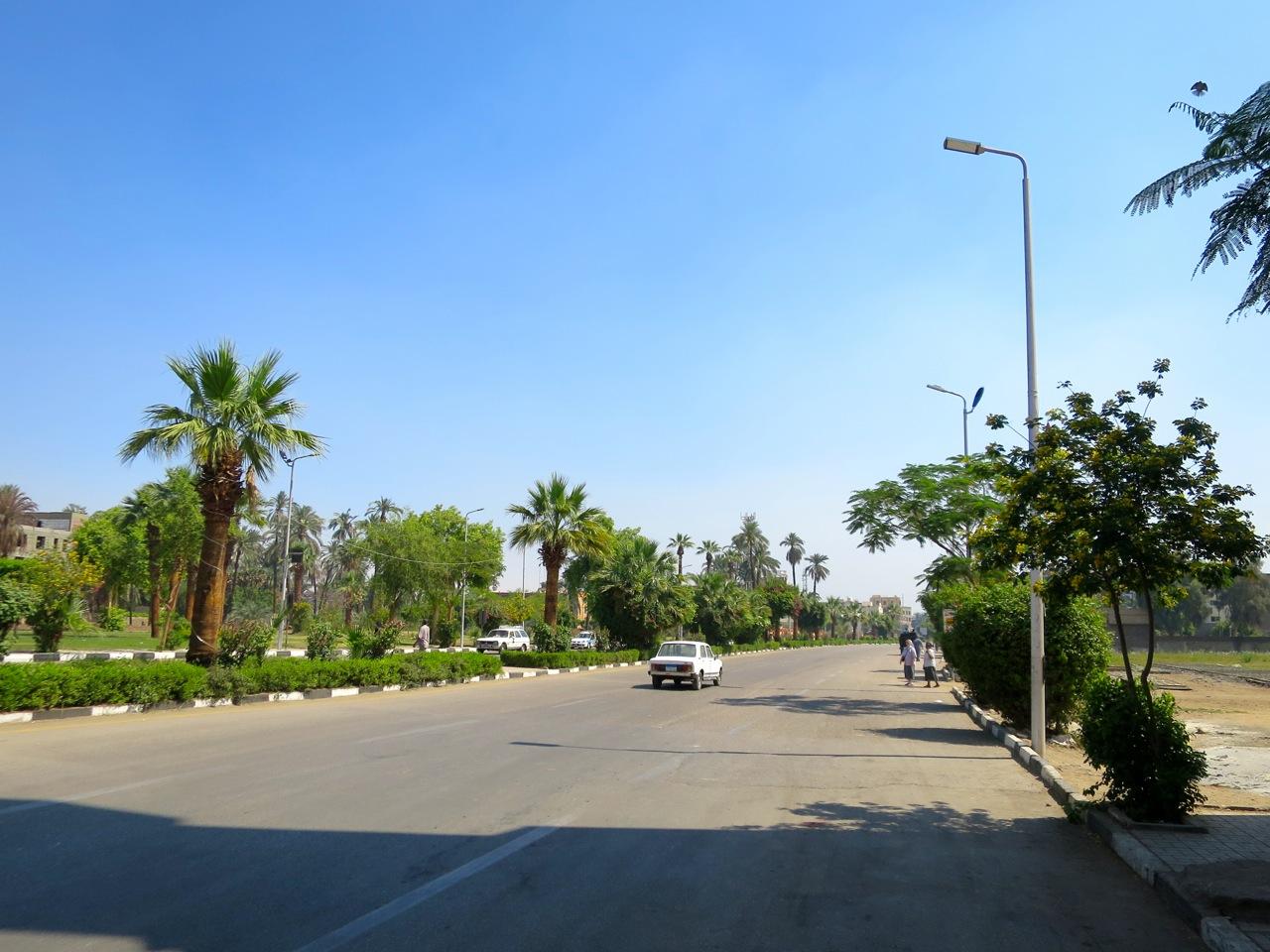 Luxor 2-05