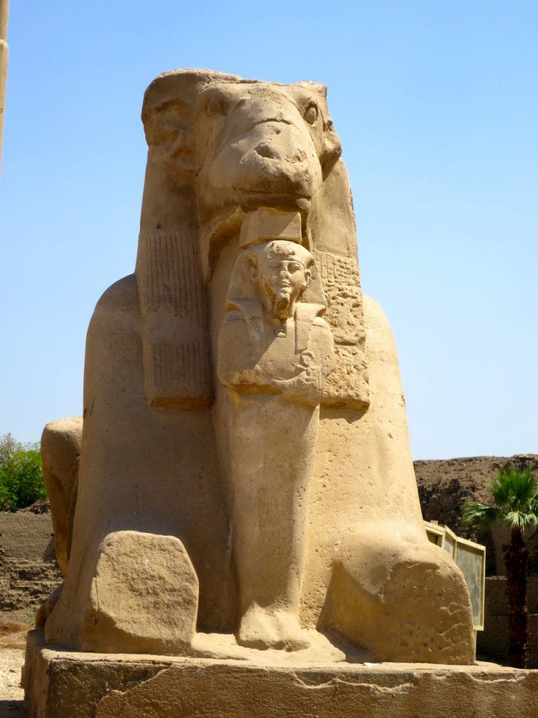Luxor 2-07