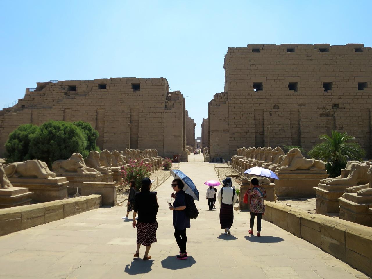 Luxor 2-08