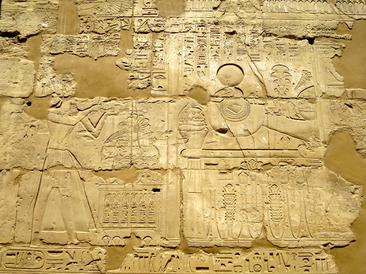 Luxor 2-09