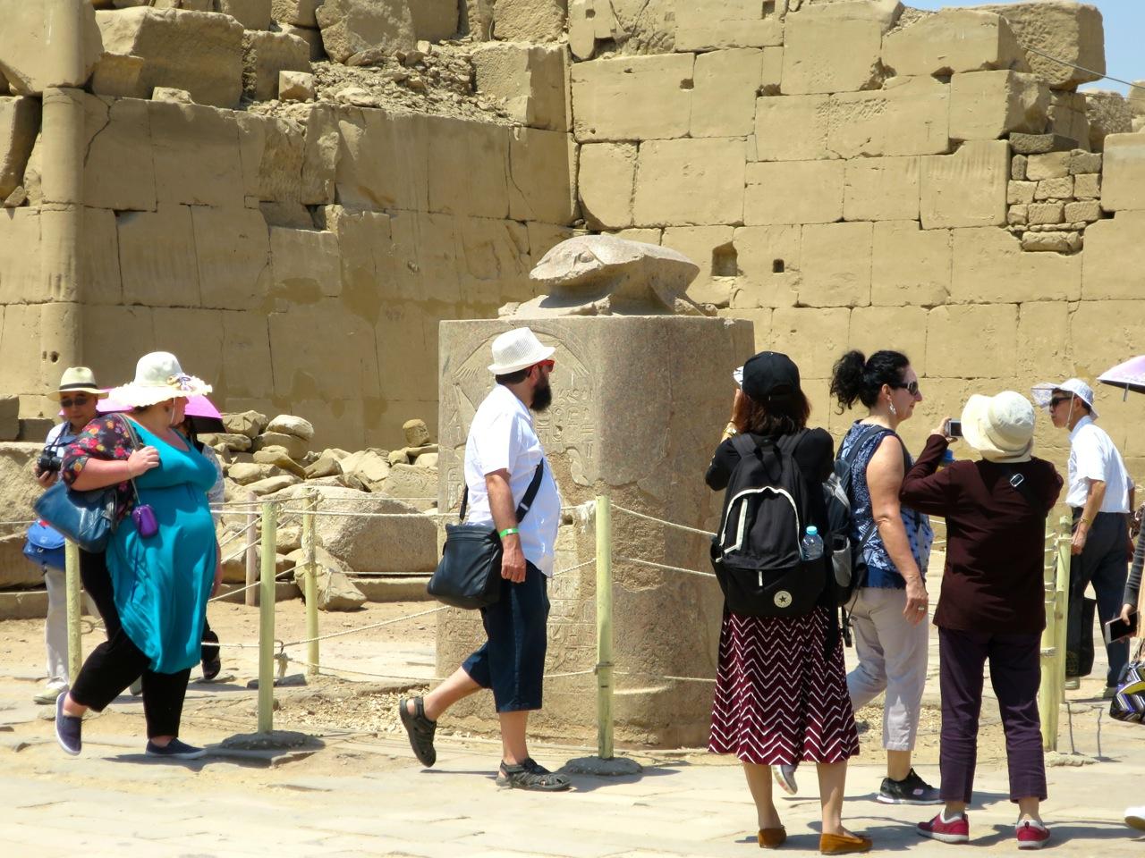 Luxor 2-11