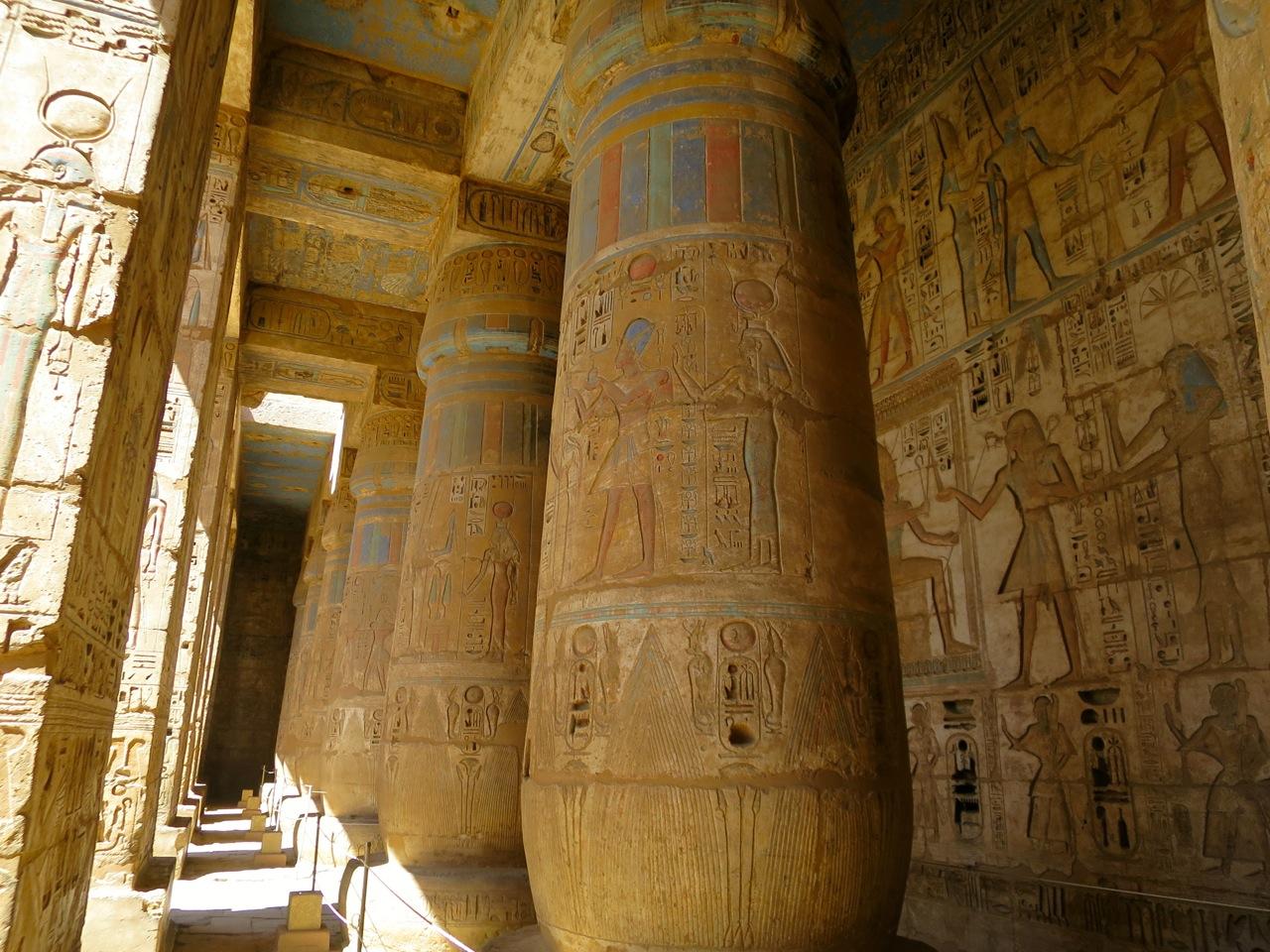 Luxor 3-05