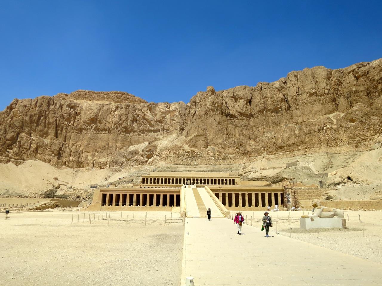 Luxor 3-10