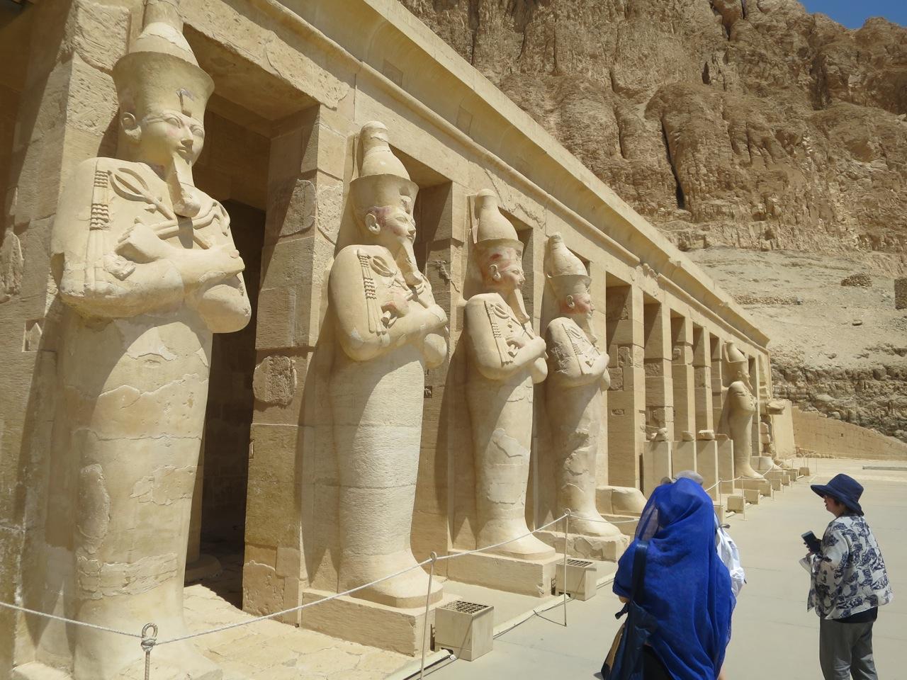 Luxor 3-11