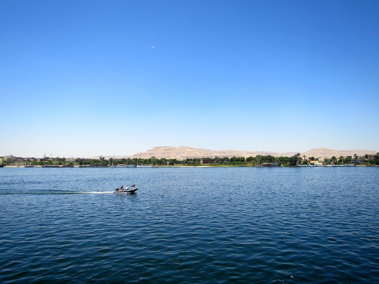 Luxor 4-09