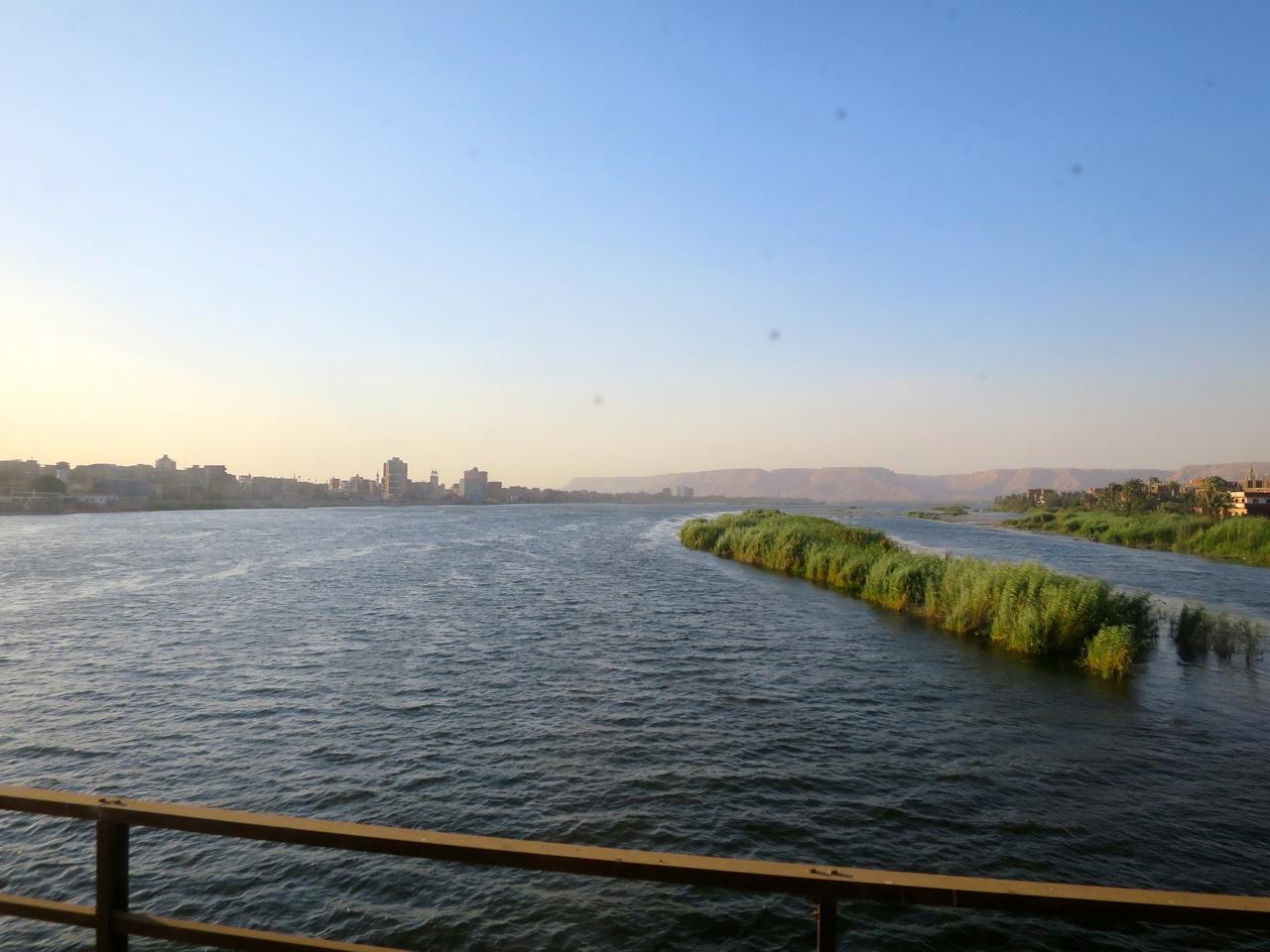 Trem no Egito 1-02